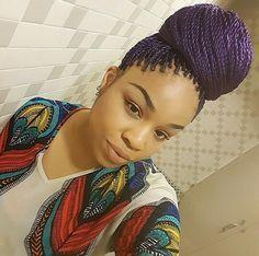 Senegalese twists with color                                                                                                                                                                                 Mais