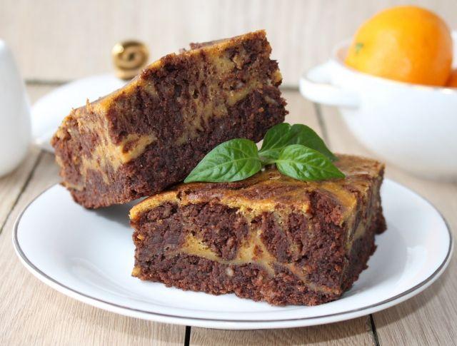 Egy finom Édesburgonyás-csokis brownie (paleo recept) ebédre vagy vacsorára? Édesburgonyás-csokis brownie (paleo recept) Receptek a Mindmegette.hu Recept gyűjteményében!