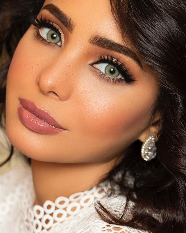 سارة اليافعي Sarah Alyafei Su Instagram Eid Vibes Desioeyes بشروني عنكم Beautiful Eyes Green Contacts Best Colored Contacts