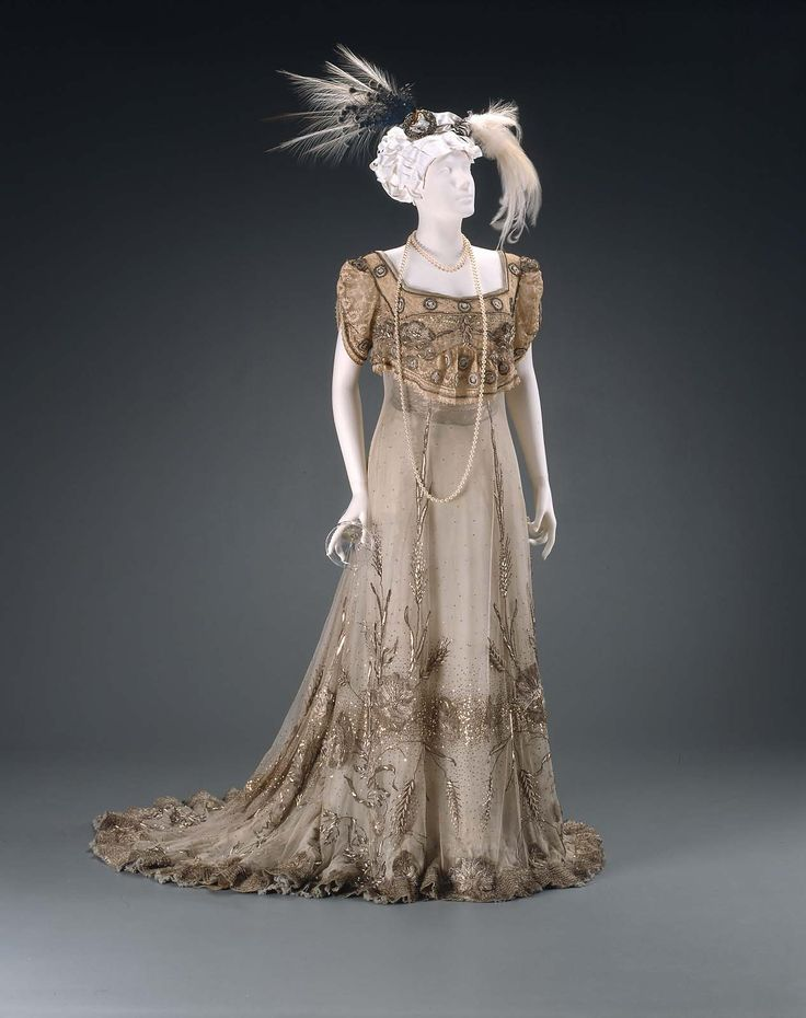 Evening dress, about 1905, Designed by John Redfern, English, 1853–1929 English, Designed for House of Redfern, accession number 50.2373, silk; Pale blue silk with bead and metallic embroidery and trim, Museum of Fine Arts, Boston.