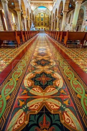 Interior de la catedral en Barichara Colombia Foto de archivo