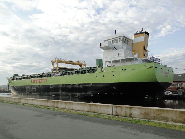 http://koopvaardij.blogspot.nl/2017/03/blog-post_85.html    30 maart 2017 in afbouw in Hoogezand  NB 744 van Royal Bodewes, casco gebouwd in Stettin, Polen  en wordt afgebouwd als INA LEHMANN