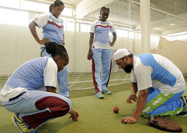 Shaquana Quintyne, Anisa Mohammed and Stafanie Taylor watch a desmonstration by Saqlain Mushtaq.