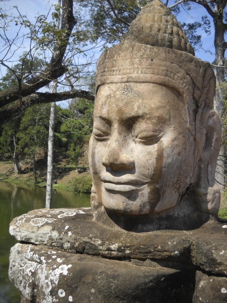Angkor Wat, bridge