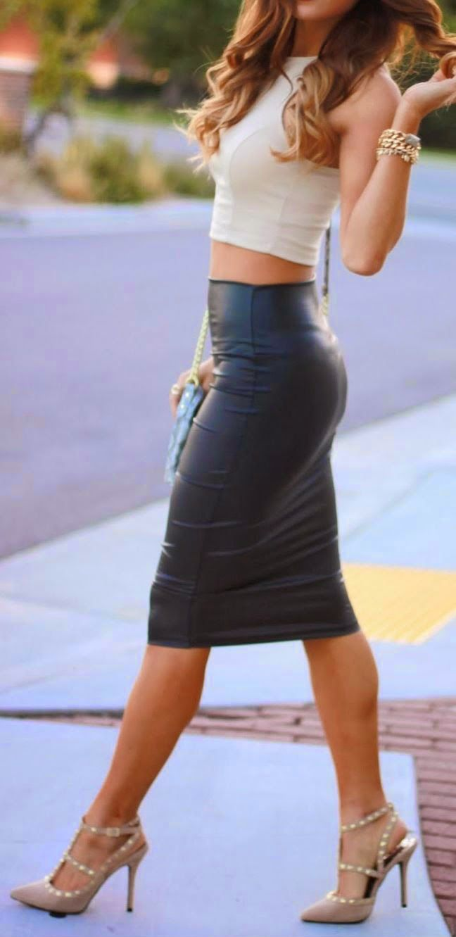 Leather skirt  and strappy heels. perfect