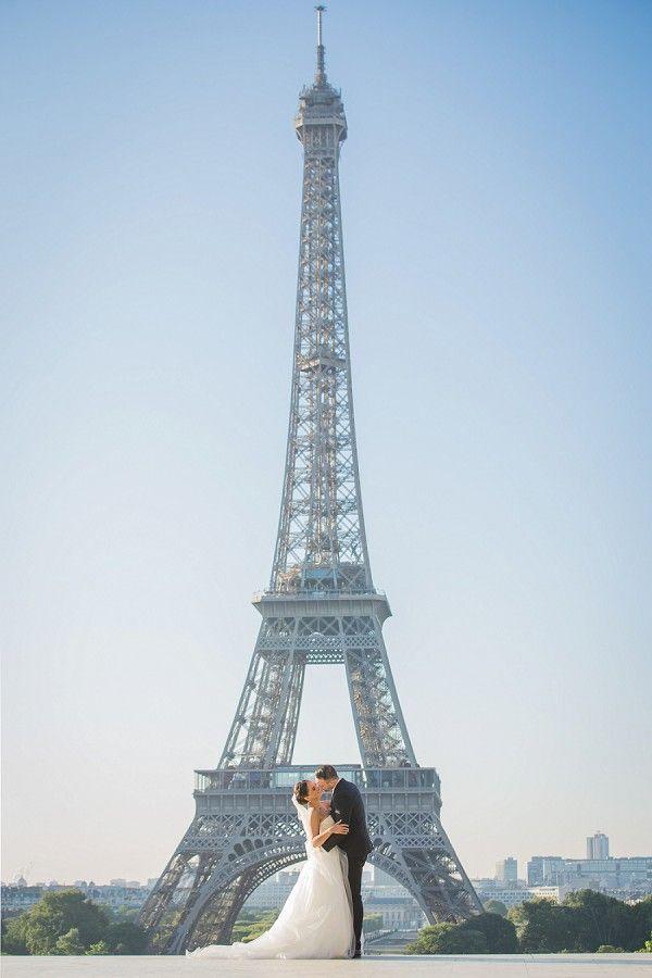 Eiffel Tower Wedding   Image by Paris Photographer Pierre Torset