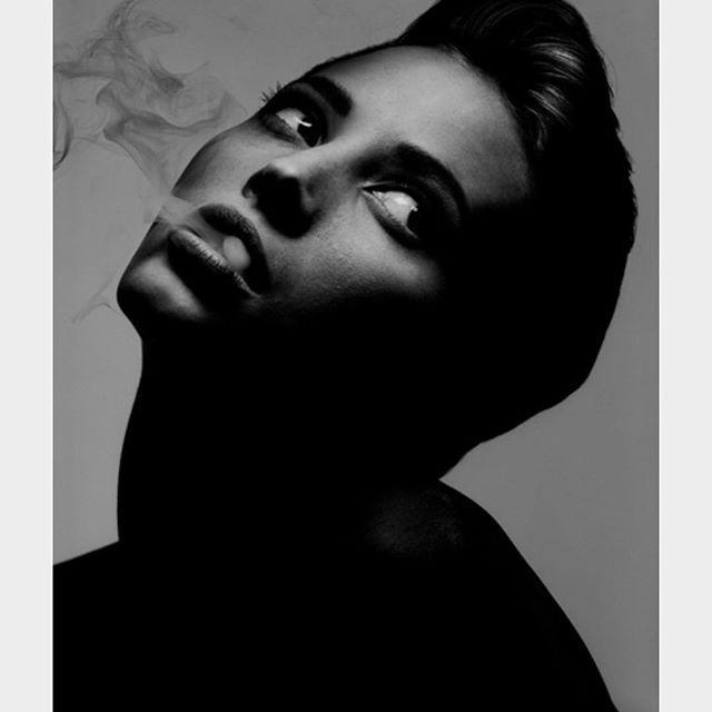 "2017/06/30 06:47:52 ""VINTAGE ICONIC MISS CHRISTY TURLINGTON @cturlington HAIR BY @therealmichaelboadi MAKEUP BY THE GENIUS SANDY LINTER @sandylinter PHOTO BY THE LEGENDARY ALBERT WATSON @albertwatson #hairhopper #fashion #beauty #angel #blackandwhite #warrior #sparta #london #losangeles #paris #milan #newyork #berlin #rome #moscow #icons #legends #luxury #hongkong #shanghai #tokyo #beijing #therealmichaelboadi #worldwide #braiding #sculpting #moulding #albertwatson #christyturlington…"