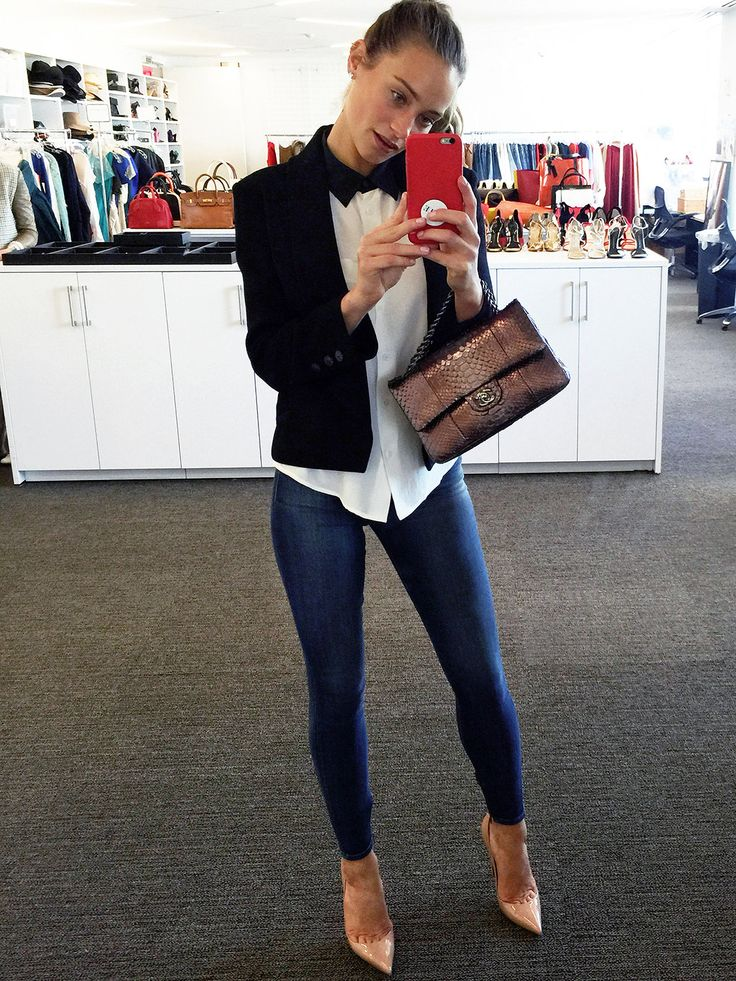 Model Hannah Davis Shares Her First Fashion Memory and Her Selfie Style in the Vogue.com Closet