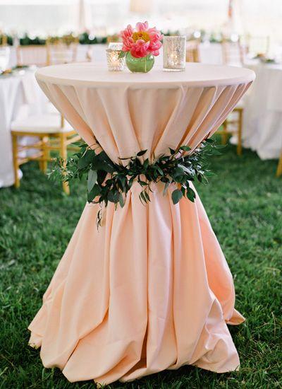 floral tie cocktail table   Amy Arrington Photography