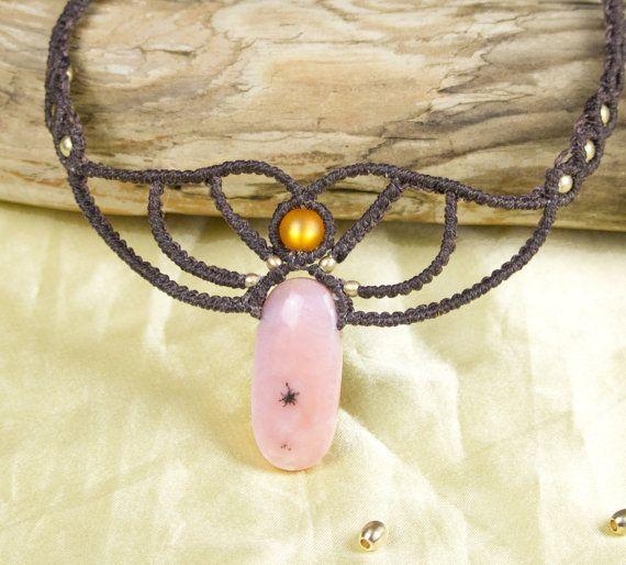 collana macramè con opale rosa di MarabaDesign su Etsy