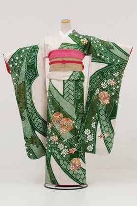 Rakuten: [Kimono rental] kimono rental 380 white green aperture temari pattern [wedding] [long-sleeved kimono rental] [full set] [rental] [t...