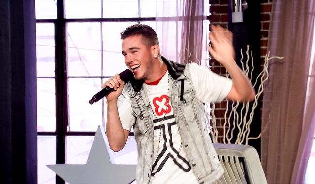"""Nick Youngerman takes on Kesha's """"Tik Tok"""" at Judges' Homes."""