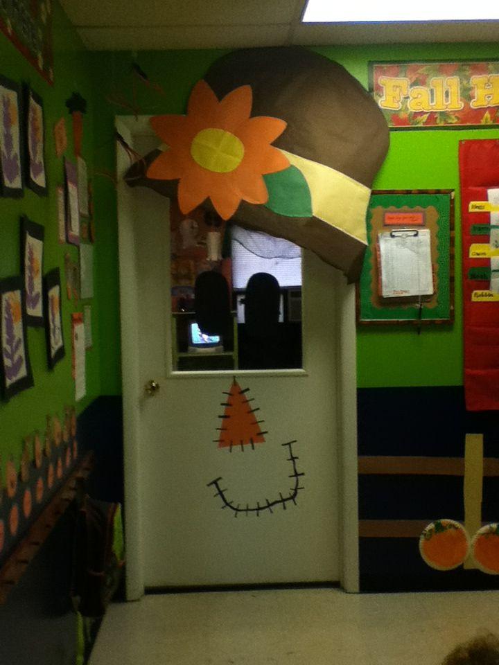 Classroom door fall decoration my preschool toddler for Door mural ideas