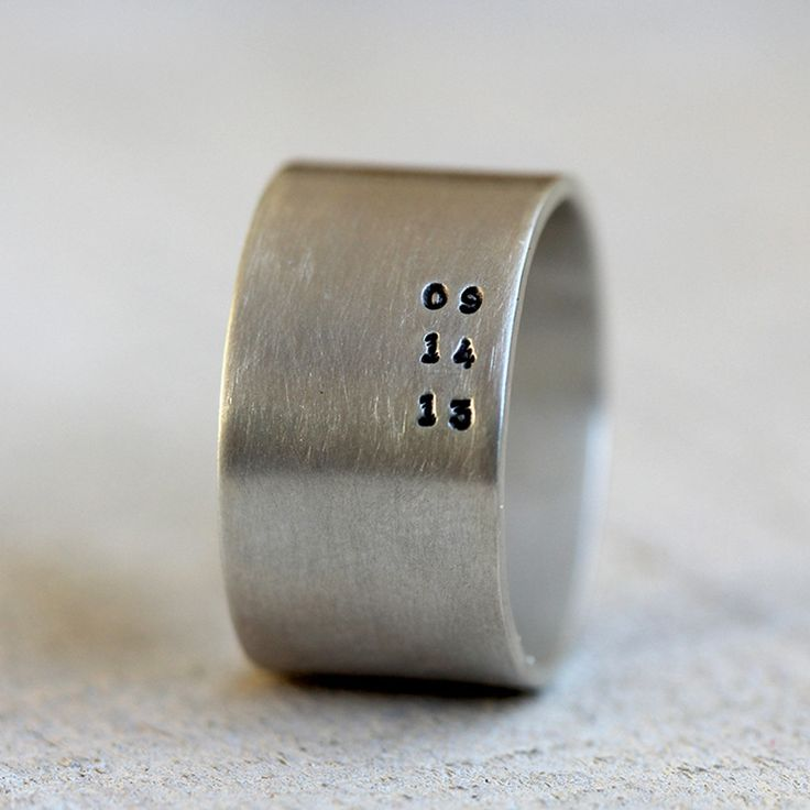 Men's personalized ring important date ring