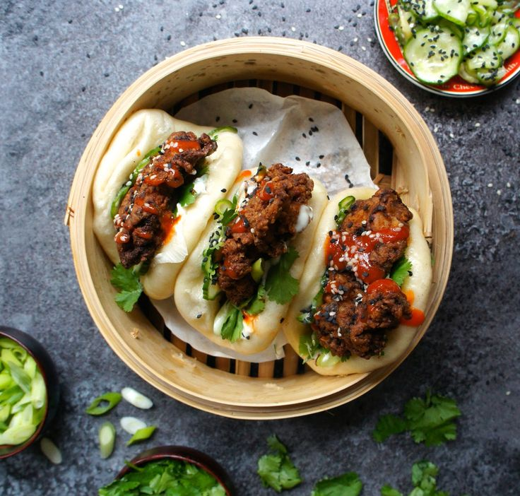 Notes of Bacon: Gua bao with spicy fried chicken