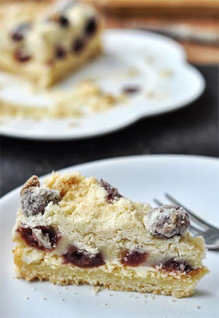 Túrós-meggyes morzsás süti | Csak a Puffin ad Neked erőt