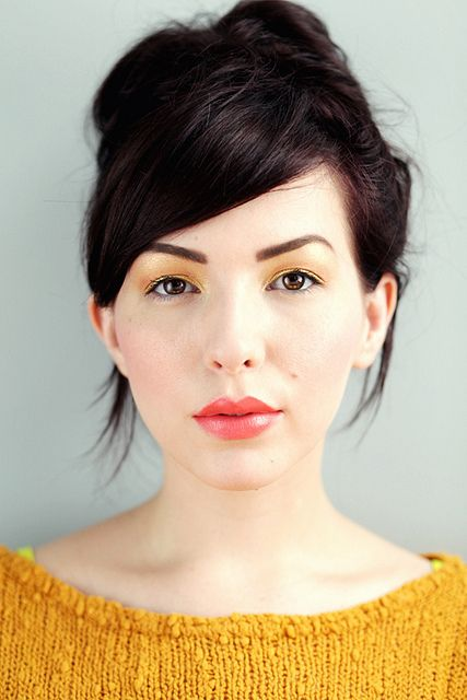 keiko lynn summer look. again, those lips... i'm so jelly. mac vegas volt shall be mine, at some point.