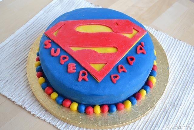 Torta superman, scopri la ricetta: http://www.misya.info/2015/03/19/torta-superman.htm