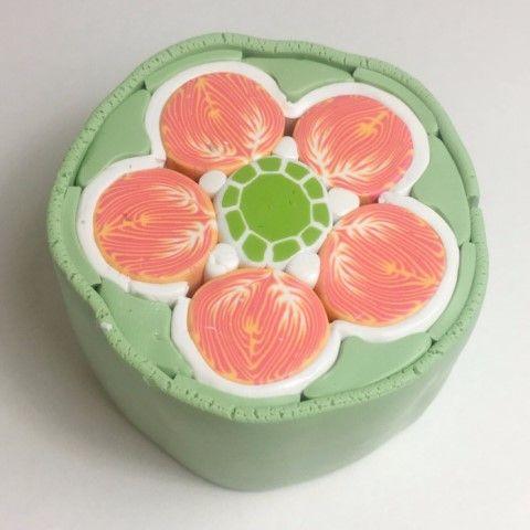 [폴리머클레이] 주황색 꽃 케인으로 만든 폴리머클레이 단추 : 네이버 블로그  Polymer clay flower cane buttons