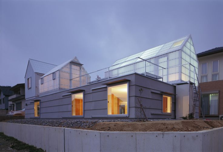Built by Tato Architects in , Japan with date 2012. Images by Ken'ichi Suzuki. This is a house in the northern part of Hyogo Prefecture for a couple and their two children. The construction site i...