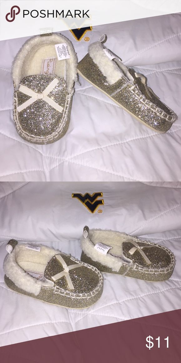 🆕 Rising Star Gold Slippers 🆕 Listing Rising Star Gold Slippers. Size 9-12 months🎀 Rising Star Shoes Slippers