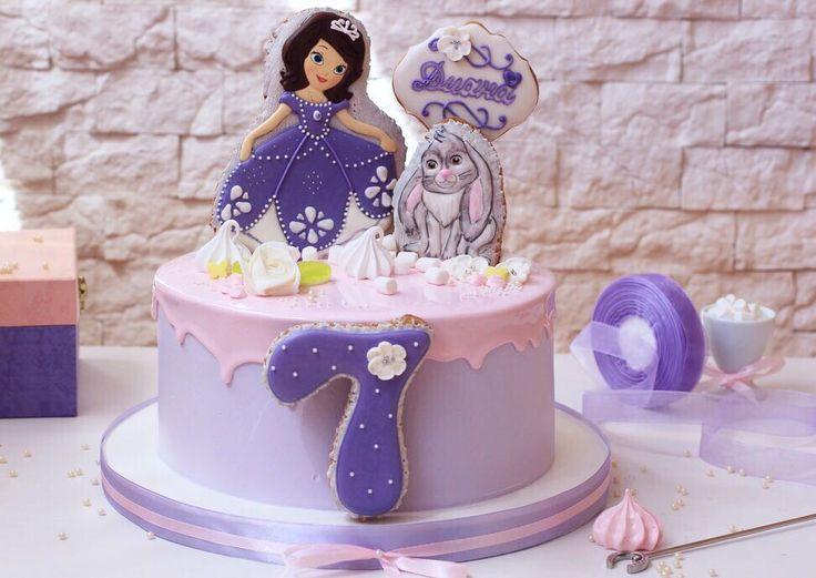 Вот так любовь маленьких зрителей переносит сказочных героев  в не менее сказочный мир тортиков ✨