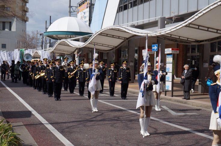 姪の浜駅から 福岡県警察カラーガード隊を観る - 福岡大学近辺の不動産屋ですが、福岡市内の風景や食べ物やシティ情報その他の写真をかなりアバウトにアップ