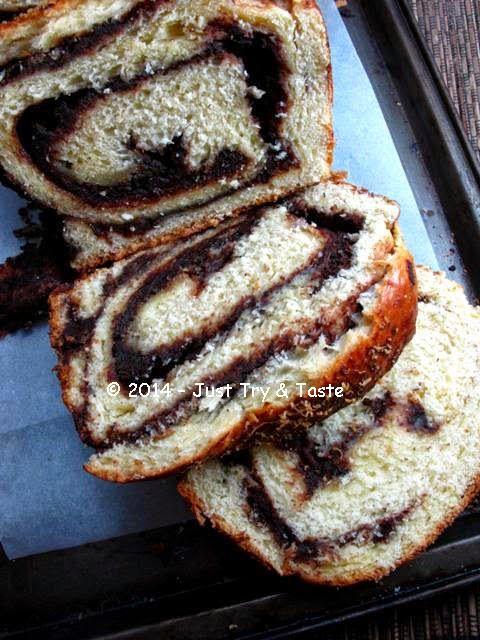 Just Try & Taste: Obsesi Roti 34 - Roti Gulung Isi Coklat