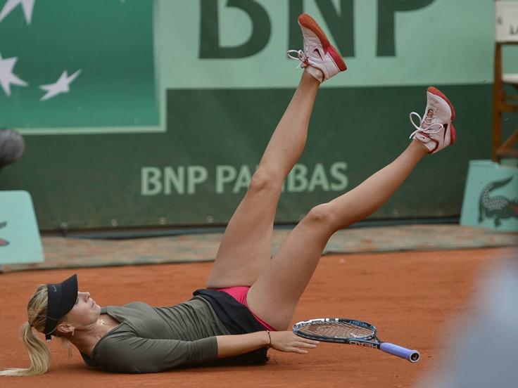 マリア・シャラポワ/全仏オープン2012  大苦戦の末、クララ・ザコパロバに勝利したシャラポワ  (photo by DPPI/PHOTO KISHIMOTO)    [2012年6月4日 ローラン・ギャロス・スタジアム/パリ/フランス]