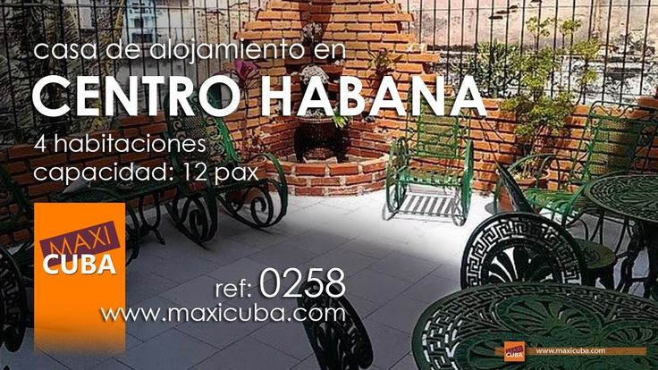 Centro Habana. Junto al malecón, casa de estilo neocolonial