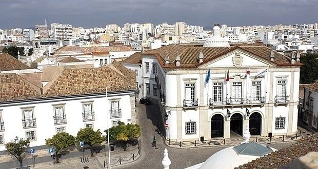 Faro cria nova área de estacionamento gratuito na cidade! | Algarlife