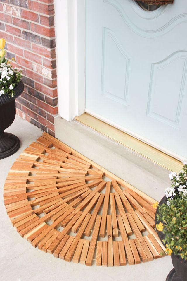 DIY Wooden Door Mat made from cedar and jute twine