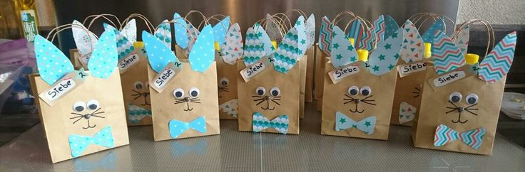 Traktatie konijnen 2 jaar knijpfruit uitdeelboekjes wiebeloogjes
