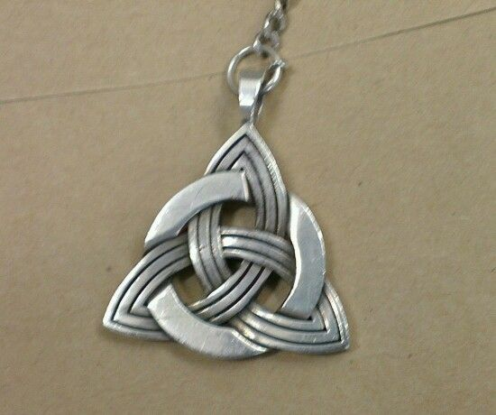Stg silver Celtic pendant  steinerjewellery.com