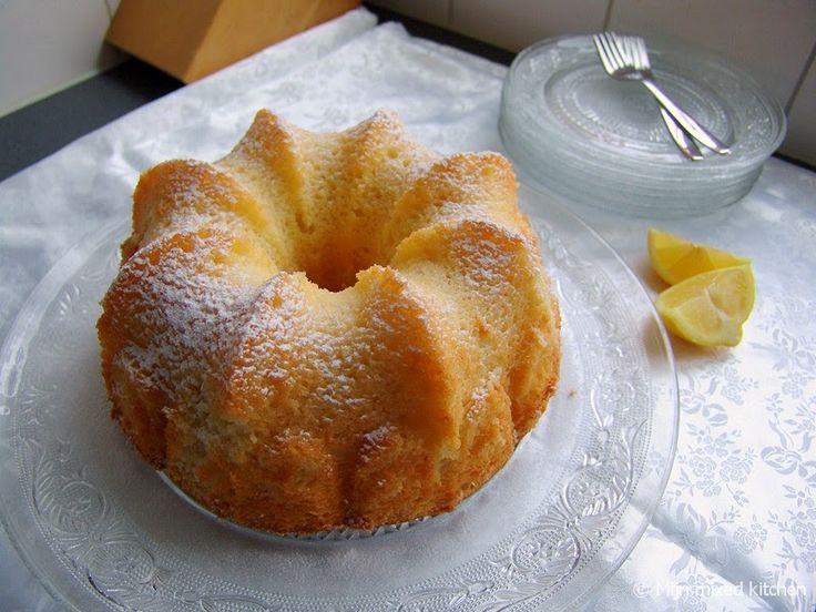 Yoğurtlu limonlu kek (frisse yoghurtcake met citroen)
