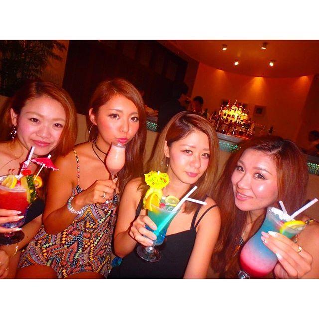 【sayu_life24】さんのInstagramをピンしています。 《夜はhotelのbar🍹💜 美味しかったあ💕 明日もはやいし寝る🙈 #gn 💙 𓇼 𓇼 𓇼 #fashion #海  #sea #beach #aloha #trip #vacation  #accessory #beauty #Summer #camera #ミラーレス一眼 #sony #a5000 #写真好きな人と繋がりたい #水着 #bikini #夏 #Summer #genic_mag #genic_beach  #genic_trip #ゴープロのある生活 #カメラ女子 #カメラ旅  #沖縄》