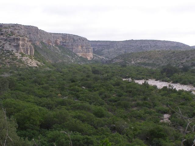Devil's Canyon, Del Rio, Texas. Alex flies in here!