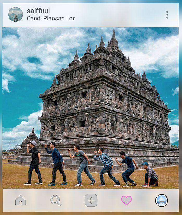 Keceriaan bersama kalian.  . . location : #CandiPlaosanLor #Klaten #JawaTengah . Gunakan hashtag #travelmate siapa tau foto kamu selanjutnya yg kami repost  . . . #exploreindonesia #pesonaindonesia #instanusantara #indonesiantraveler #momenpendaki #instapendaki #anaksma #asikinaja #indotravellers #kelilingindonesia #kekinian #ayodolan #wonderfulindonesia #pesonaindonesia #exploreindonesia #parapejalan #travelindonesia #jelajahnusantara #folkindonesia #indonesiabagus #instanusantara…