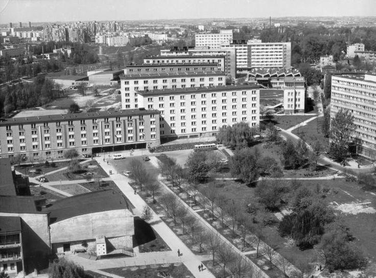 Panorama Dzielnicy Uniwersyteckiej z Domami Akademickimi i dawnym Hotelem Asystenta