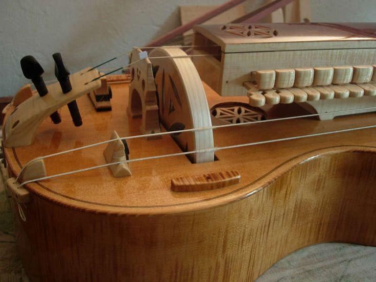 Hurdy Gurdy Maker - Stanislaw Nogaj - Guitar body