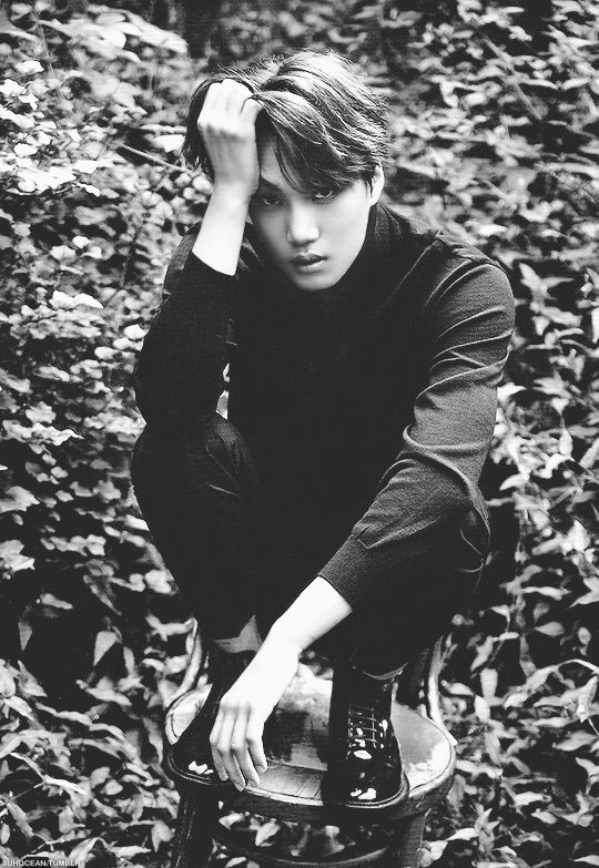 """jongin × season's greetings 2016 """