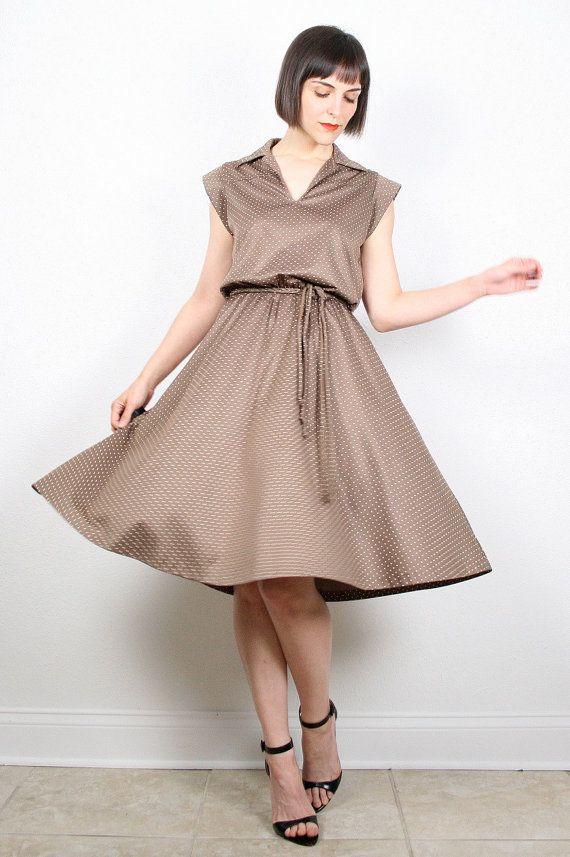 Vintage 70s Midi Dress Brown Dress Polka Dot Print Secretary Dress Slouch Day Dress 1970s Dress Cocoa Tan Chocolate Brown M Medium L Large #vintage #etsy #70s #1970s #disco #midi #shitdress #dress #daydress #polkadot