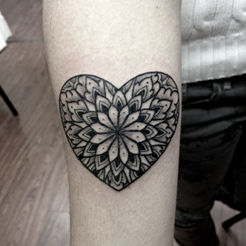little forearm tattoo of a heart shaped mandala by the tattoo artist kirk nilsen little. Black Bedroom Furniture Sets. Home Design Ideas