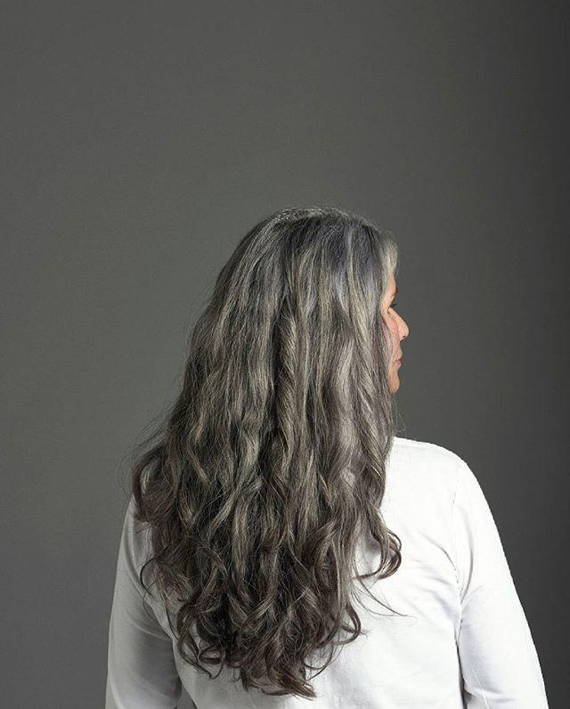 Fabulous long gray wavy hair