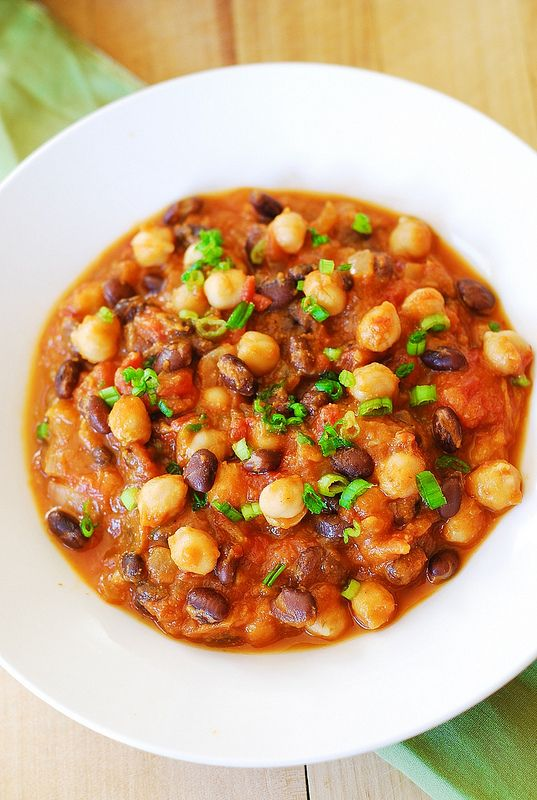 Pumpkin chili with black beans and garbanzo beans | JuliasAlbum.com