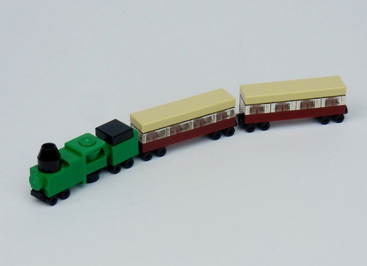 So tiny! Love this micro scale LEGO train - Emerald Night - A Lego a Day