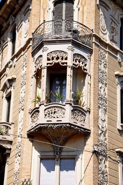 www.italialiberty.it | Giovan Battista Benazzo. Casa Tasca 1903, via Beaumont 3, Torino.