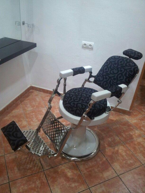 Sillon barbero restaurado de los años 20