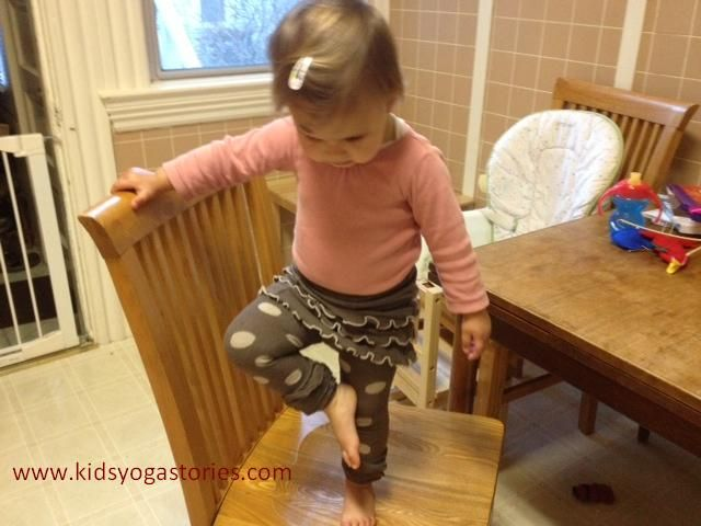 Spanish for Toddlers - 10 Tips for a Language-Rich Home - Kids Yoga Stories on Spanish Playground