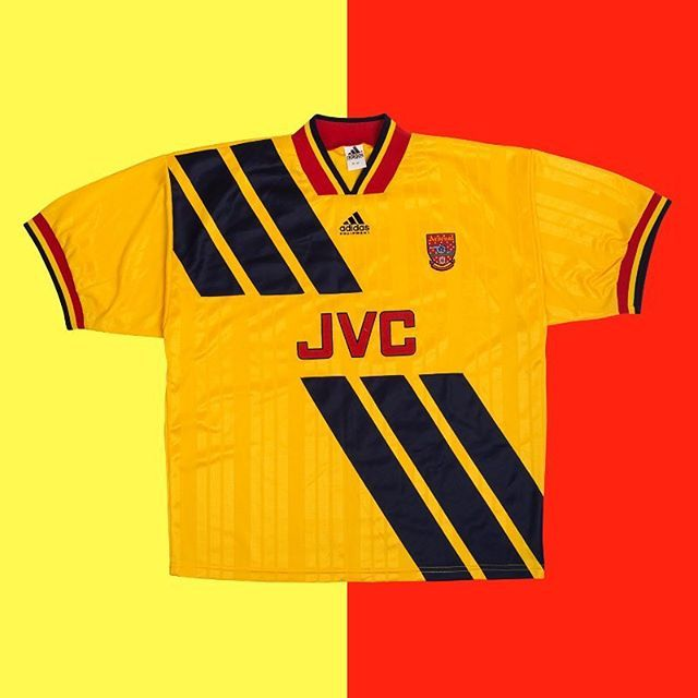 c902805ad First player you think of when you see the 1993 Arsenal away shirt ...